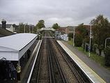 Wikipedia - Hampden Park railway station