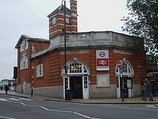 Wikipedia - Harrow & Wealdstone railway station