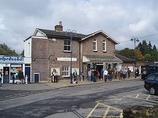 Wikipedia - Haslemere railway station