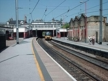 Wikipedia - Keighley railway station