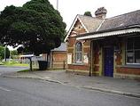 Wikipedia - Bagshot railway station