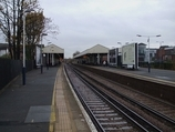 Wikipedia - Kingston railway station