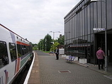 Wikipedia - Larbert railway station