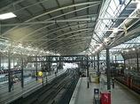Wikipedia - Leeds railway station