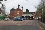Wikipedia - Lingfield railway station