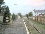 Wikipedia - Llandybie railway station