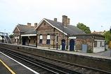 Wikipedia - Bat & Ball railway station