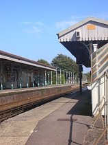 Wikipedia - Shoreham-by-Sea railway station