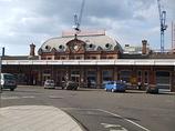 Wikipedia - Slough railway station