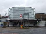 Wikipedia - South Ruislip railway station