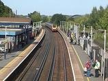 Wikipedia - Southampton Airport Parkway railway station