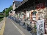 Wikipedia - Bere Ferrers railway station