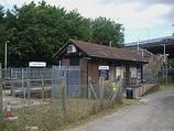 Wikipedia - Upper Halliford railway station