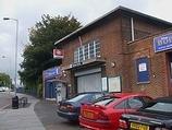 Wikipedia - Waddon railway station