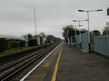 Wikipedia - Walton-on-Thames railway station