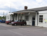 Wikipedia - Warminster railway station