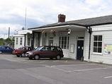 Wikipedia - Warminster railway station
