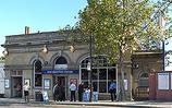 Wikipedia - West Brompton railway station