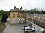 Wikipedia - Westenhanger railway station