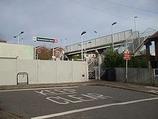 Wikipedia - Woodmansterne railway station