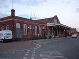 Wikipedia - Worthing railway station
