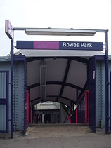 Wikipedia - Bowes Park railway station