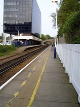 Wikipedia - Bracknell railway station