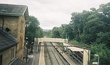 Wikipedia - Broadbottom railway station