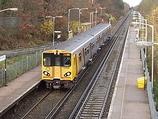 Wikipedia - Bromborough Rake railway station