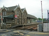 Wikipedia - Broughty Ferry railway station