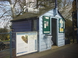 Wikipedia - Bures railway station