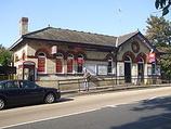 Wikipedia - Alexandra Palace railway station