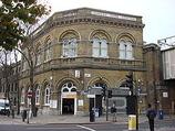 Wikipedia - Camden Road railway station