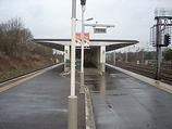 Wikipedia - Carpenders Park railway station