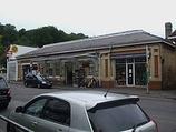 Wikipedia - Caterham railway station
