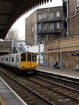 Wikipedia - Clapton railway station