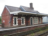 Wikipedia - Crediton railway station