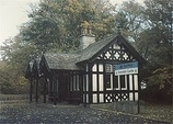 Wikipedia - Dunrobin Castle railway station
