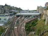 Wikipedia - Edinburgh Waverley railway station