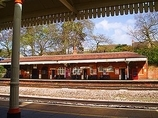 Wikipedia - Farnborough (Main) railway station