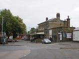 Wikipedia - Farnham railway station