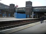 Wikipedia - Gatwick Airport railway station